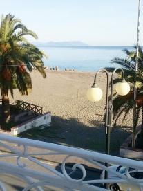 PATTI MARINA: CASA DI MAGGIO ANTONY in Casa Vacanza