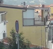 LIBRIZZI CENTRO: AMPIA CASA INDIPENDENTE COMPOSTA DA 3 UNITA